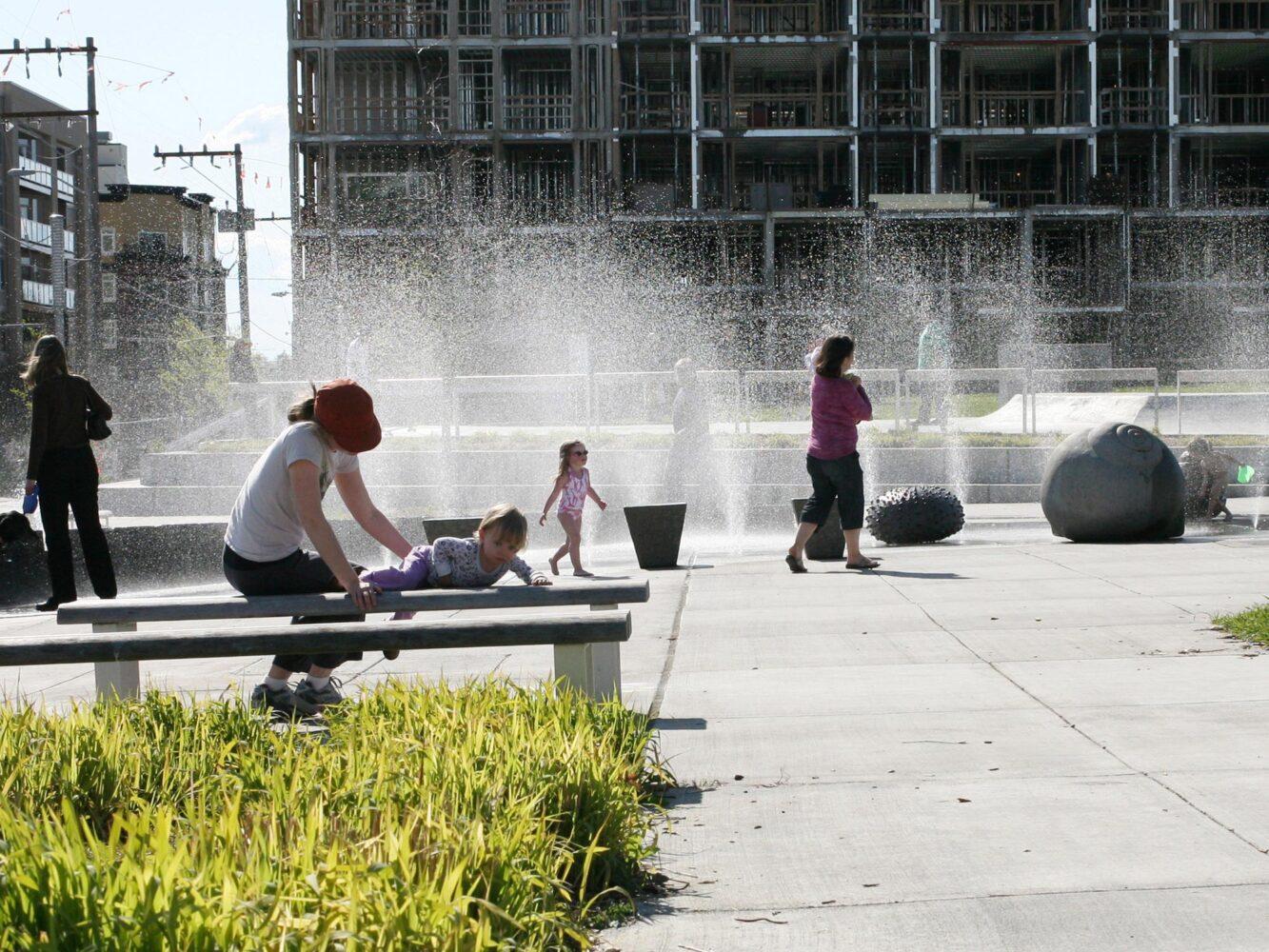02_Ballard-Park-plaza-03