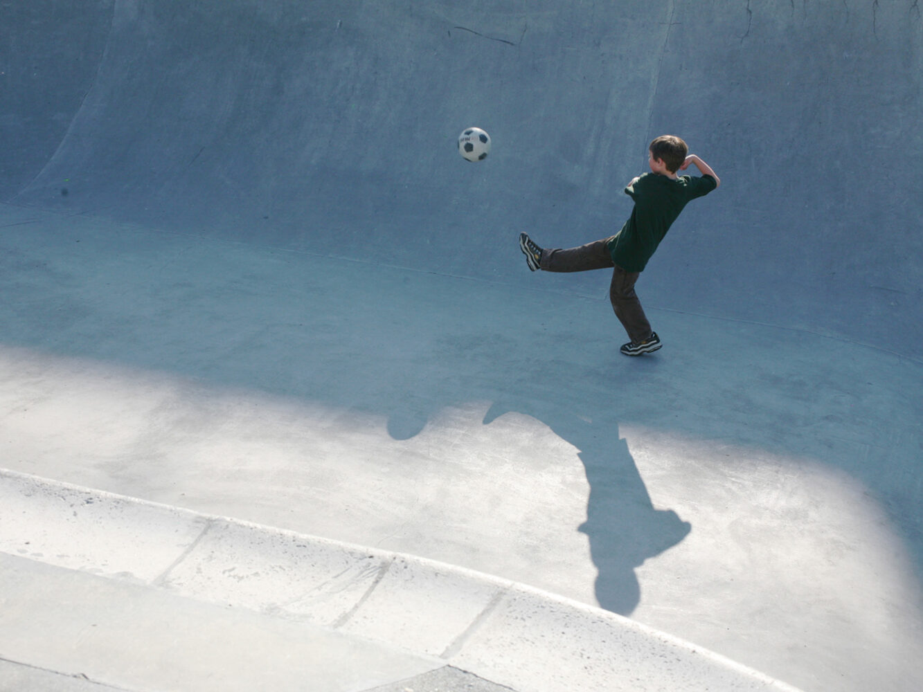 04_Ballard-Park-skatebowl-soccer-01